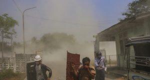 Myanmar'da darbeciler 5 protestocuyu daha öldürdü