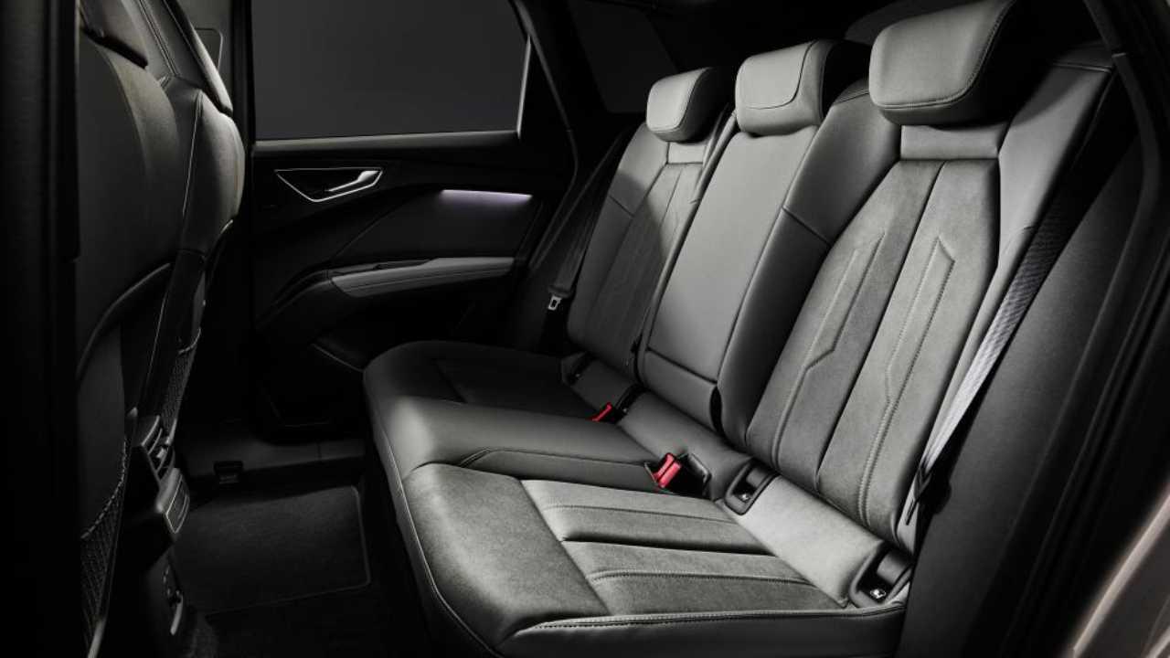 Audi Q4 e-tron 7